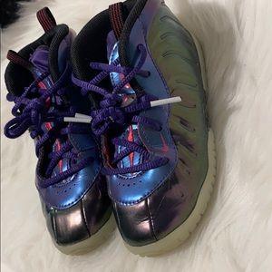Girls Nike foamposites size 10c purple